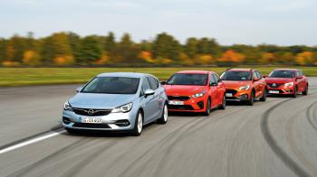 Opel Astra vs KIA Ceed vs Ford Focus Active vs Renault Megane