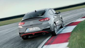 ΠΡΩΤΗ ΟΔΗΓΗΣΗ: Hyundai i30 Fastback N Performance